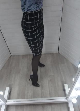Черная юбка в клетку missguided