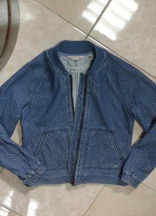Стильный джинсовый бомбер курточка грудь 49 длина 56 с-м o'neill