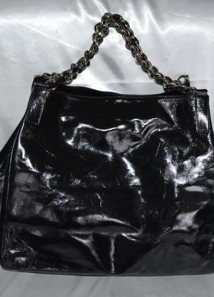 Лаковая кожаная сумка lavorazione artigianale