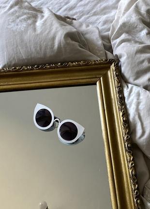Очки в металической оправе