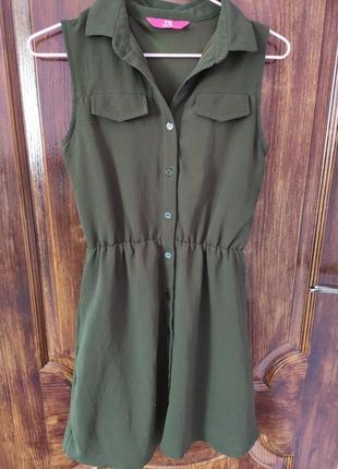Короткое платье на пуговицах1 фото