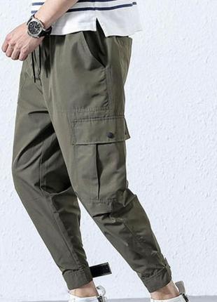 Чиносы с карманами карго, размер м