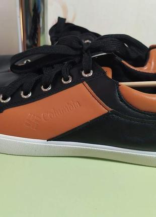 Спортивные туфли 25.5см