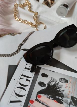 Очки окуляри темные черные солнце солнцезащитные стиле 60-х трендовые новые6 фото