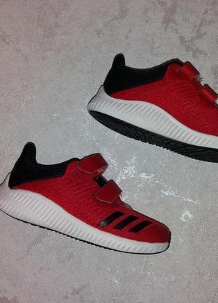 Стильные кроссовки adidas унисекс 30 р.