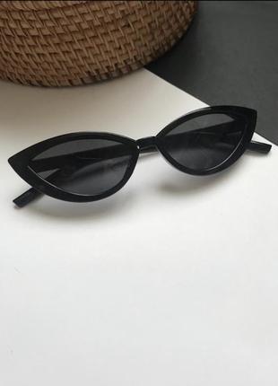 Стильные очки кошечки