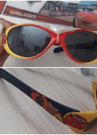 Солнечные очки тачки