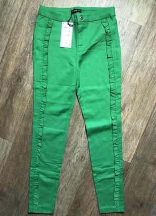 Нарядные классические брюки 10-11 лет 140-146 см reserved