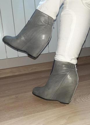 Ботинки ботильоны кожа очень классные легкие удобные ,дания бренд