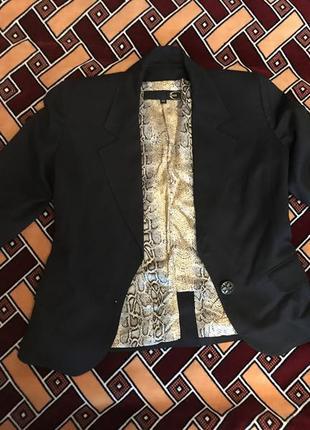 Пиджак современная классика