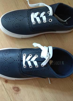 Кеды на шнурках 37 р темно-синие