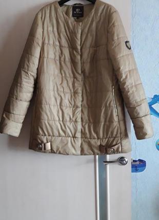 Деми курточка,пальтишко