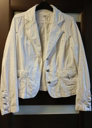 Джинсовая куртка жакет ветровка