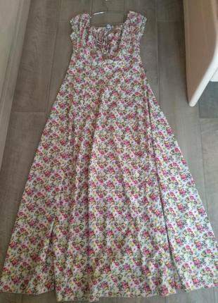 Длинное летнее платье в пол.