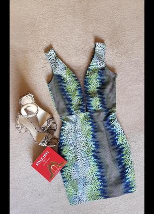 Ефектне незвичайне літнє  плаття - футляр глибоке декольте сітка завищена талія4 фото