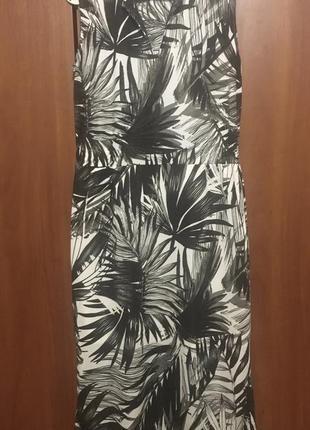 Шикарное летнее платье от next листья ниже колен