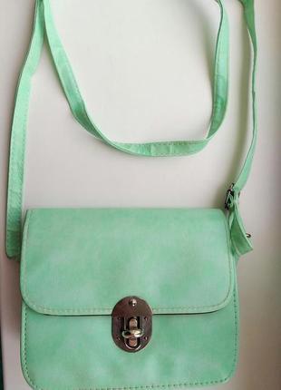 Очень милая сумка мятного цвета