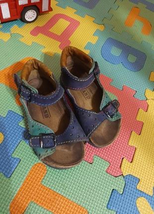 Шкіряні сандалики, босоніжки