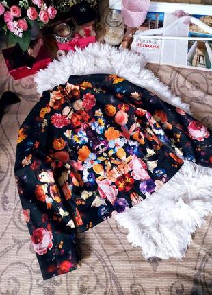 Пиджак в цветах