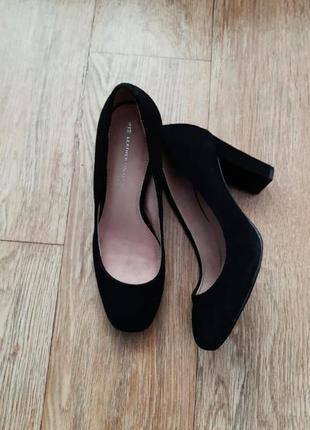 Туфлі  нат замш