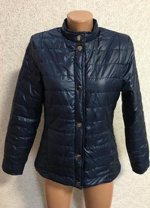 Курточка /вітровка