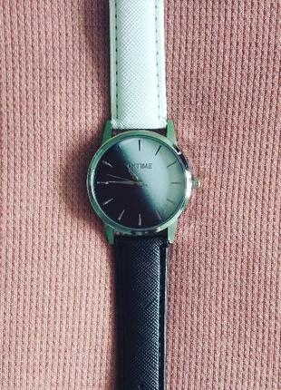 Наручные часы, годинник