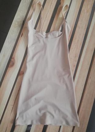 Корректирующий платье