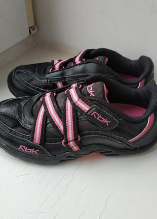 Кожаные кроссовки reebok 30р. 20 см.