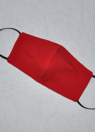 Красная трехслойная защитная маска