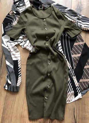 Платье с пуговицами3 фото
