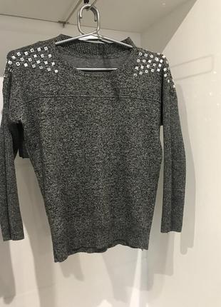 Костюм свитер и юбка