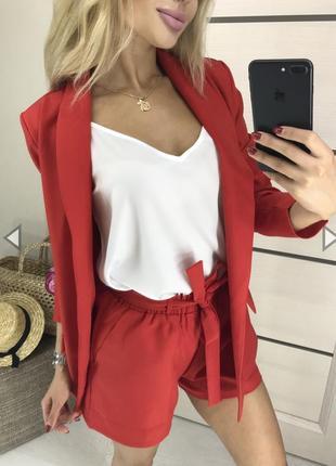 Костюм тройка ( блузка, пиджак, шорты)