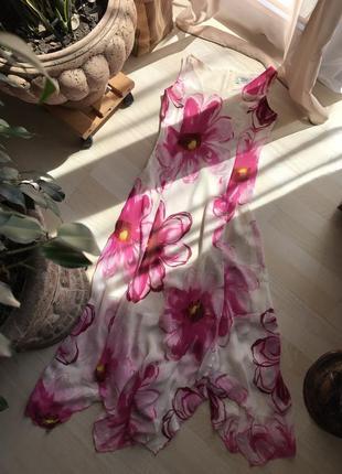Платье миди в цветы, в интересным низом, m