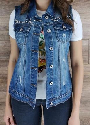 Фирменная женская джинсовая жилетка. желетка модная.