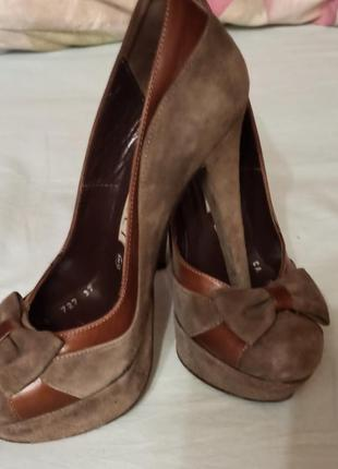 Туфли женские на высоком каблуке рier lucci