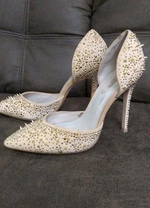 Женские фирменные туфли zara