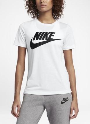 Женская футболка nike оригинал из новых коллекции