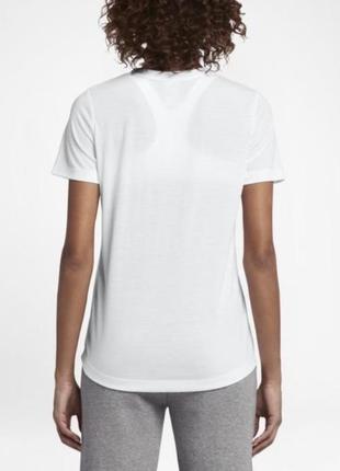 Женская футболка nike оригинал из новых коллекции2 фото