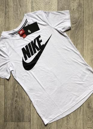 Женская футболка nike оригинал из новых коллекции3 фото