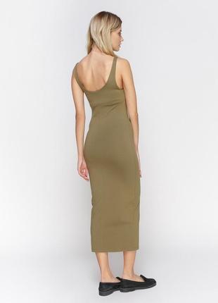 Стильне базове плаття