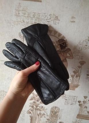 Кожаные перчатки зимние