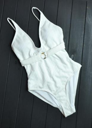 Белый текстурный купальник от vero moda