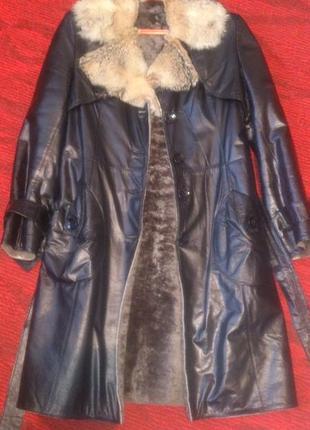 Кожаное пальто на овчине