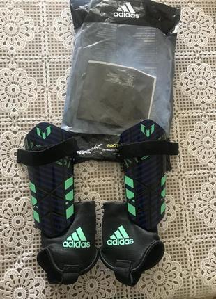 Щитки adidas messi 10