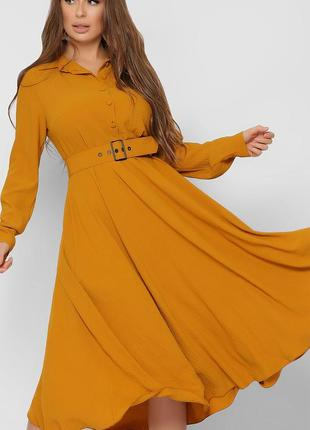 Изящное платье с расклешенной юбкой