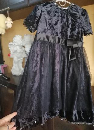 Нарядне бархатне плаття з подвійним підюпником