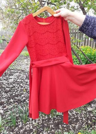 Нарядное красное платье для девочки 140-158 рост