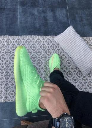 Шикарные кроссовки унисекс adidas yeezy boost 350 v2 glow8 фото
