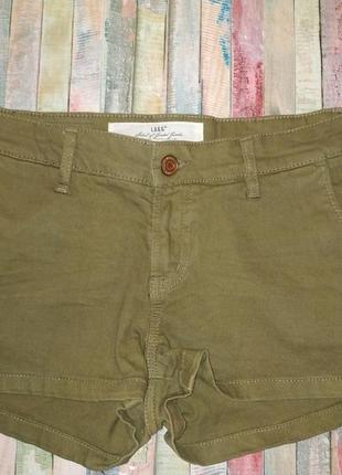 Шорты джинсовые цвета хаки