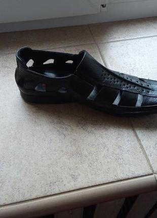 Летние кожаные туфли с префорацией